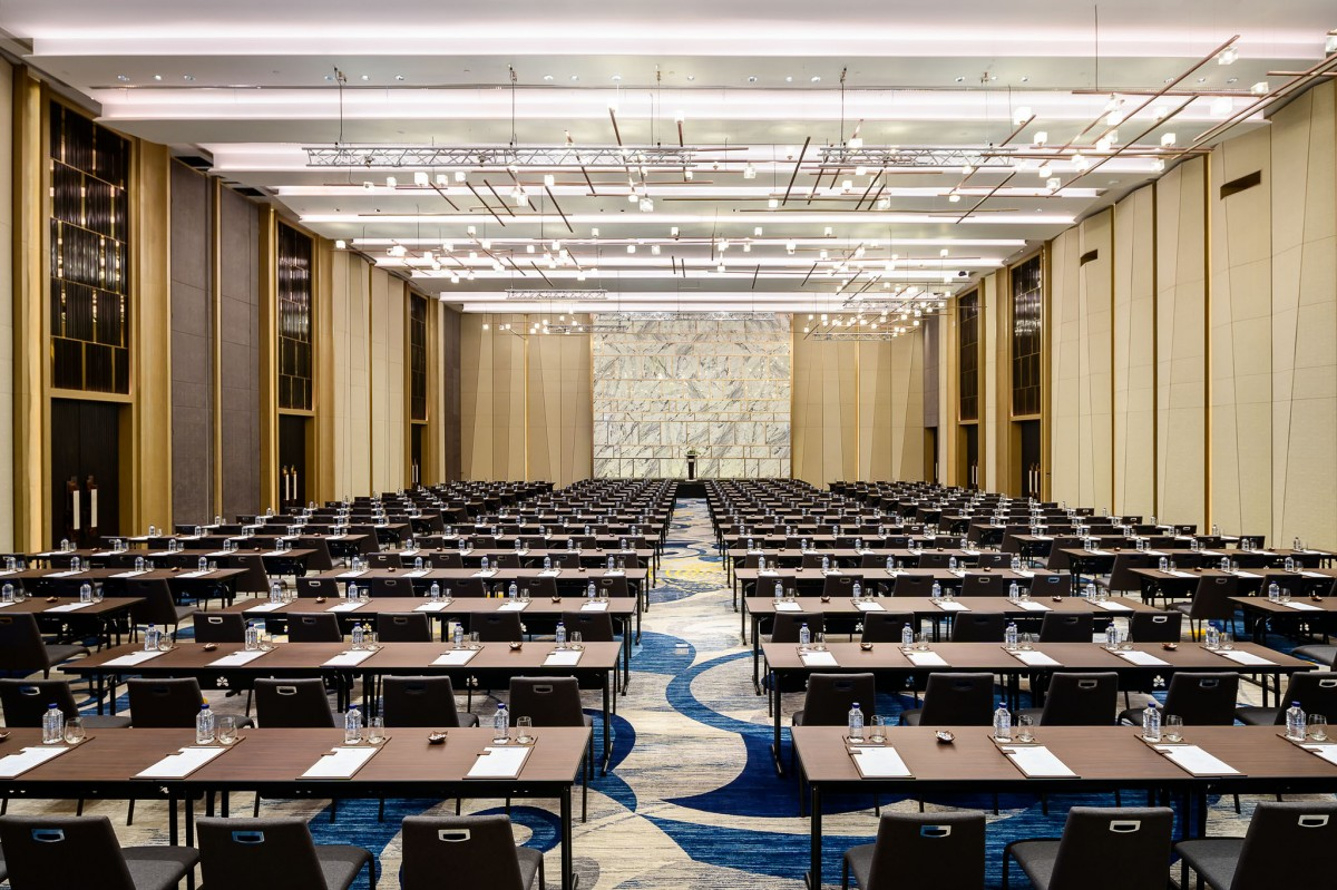 8 - Meeting - Fuji Grand Ballroom (2)
