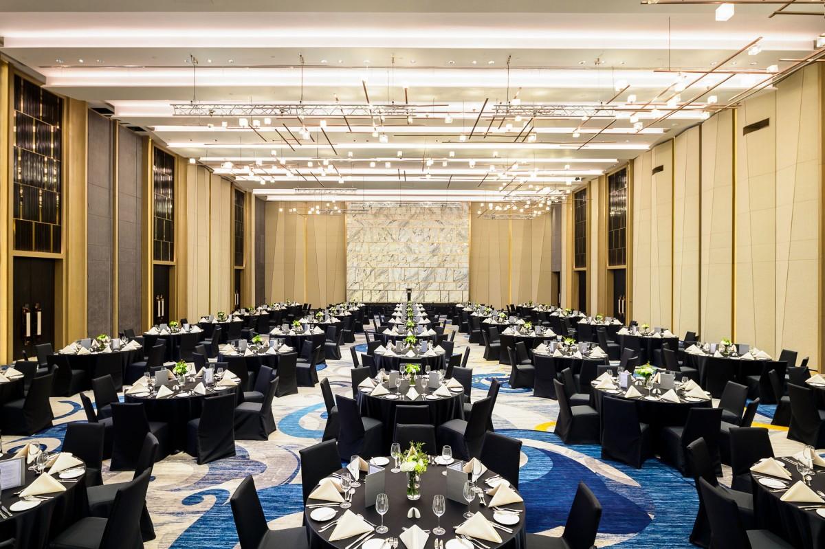 8 - Meeting - Fuji Grand Ballroom (5)