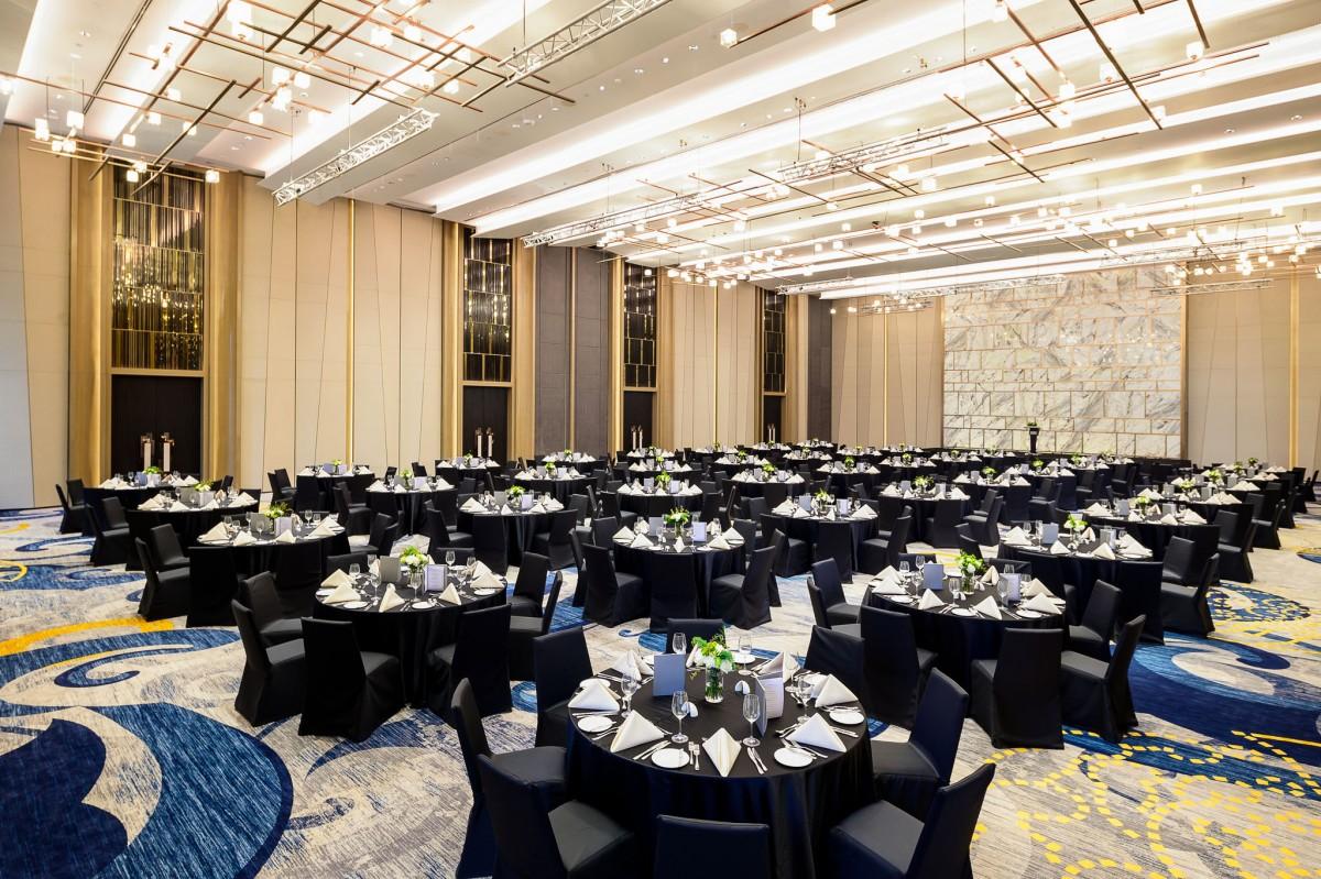8 - Meeting - Fuji Grand Ballroom (6)